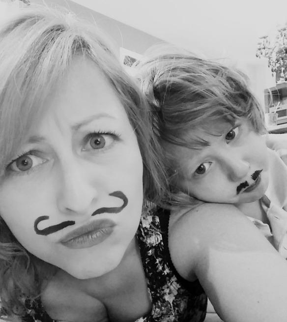 moustaches mars 2015